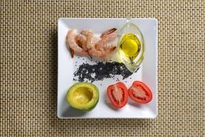 Receita 1,2 e 3 - salada de camaroes com abacate